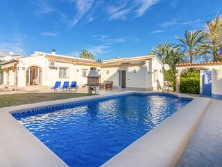 Amazing home in Dénia with Outdoor swimming pool and 3 Bedrooms (EBI364)