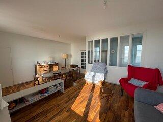 Bel appartement avec vue sur mer ascenseur et emplacement de parking
