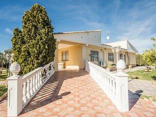 Beautiful home in Urbanización La Sima with Outdoor swimming pool, WiFi and 5 B
