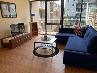 Great Location★Close to CBD★2 Bedroom★WIFI★Parking★