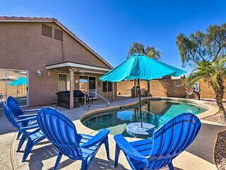 Gilbert Retreat w/ Outdoor Kitchen & Private Pool!