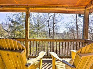 NEW! Resort Cabin w/ High-Speed WiFi, 4 Mi to Dtwn