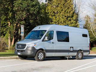 Luxurious Sprinter Camper Van/RV for rent