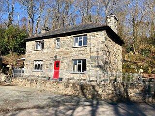 Beser Cottage, Llanbedr