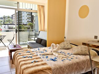 Apartment in 4star Hotel 24h great views, wifi,pool,tenis buffet,bar,animation
