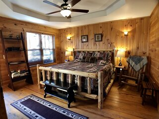 Private Cozy Cabin | 2BR 2 BA | Hot Tub | Fireplace | Hammock | Secluded