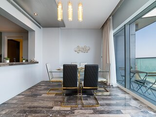 Luxurious 3-Bedroom FENDI Apartment in Marina