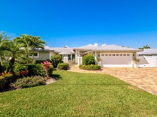 Infinity Edge 50 Ft Pool Home on Deep Water Canal Fully Remodeled