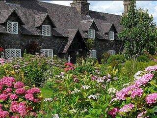 Quintessential Eaves Cottage