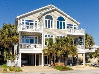 Relax at this wonderful seaside retreat!
