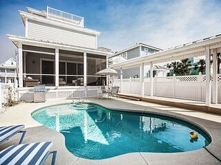 Gulf Moon & Carriage House | Private Heated Pool | Steps to Beach & Commons