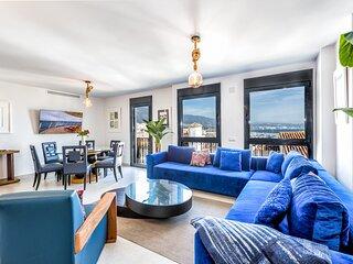 Apartment with sea views in Puerto Banus in Benabola
