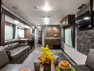 RV Rental for pick up, delivery or staying on our property(limit 2 guest)