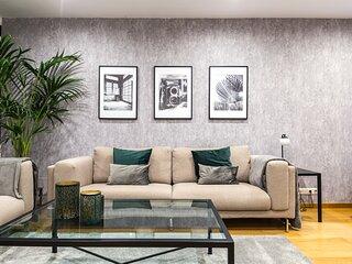 Luxury  apartment near Diagonal/ Francés Macia