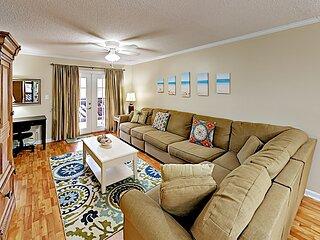 2 Bedroom/2 Bath Spacious Condo - Shore Drive Area