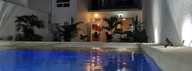 Palmira Beach 10 personas 5 min centro Cuernavaca alberca y jardín privado, location de vacances à Morelos