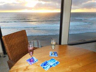 Luxury Townhome Modern Decor- Private Beach Access