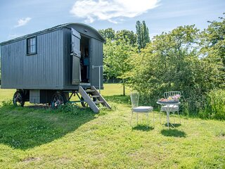 Abbey Shepherds Hut, Eye (Air Manage Suffolk)