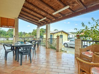 Beautiful home in Scicli with WiFi and 3 Bedrooms (ISR366)