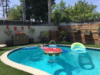Beautiful, Peaceful House + Pool, BBQ, Firepits
