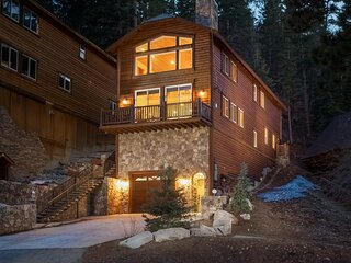 12 - Bear Mountain Chalet