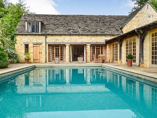 Coach House, Saintbury, Cotswolds, Sleeps 6 in 3 bedrooms