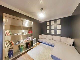 Neoclassic Suite | Peak Hollywood Walkability | Private Terrace