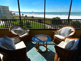 "Gulf and Bay Club 3bdrm ""E"" Luxury END CORNER Unit - RIGHT ON BEACH"
