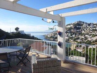 Apartamento en alquiler con vistas al mar en Canyelles Roses-MIMB2