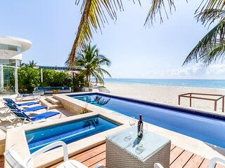 Covid Testing | Private Chef | Huge Private Pool & Jacuzzi | 5 Star | Daily Maid