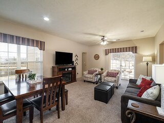 3 Bedroom, 3 Bathroom Golf Condo with Jetted Tub and Private, Covered Patio
