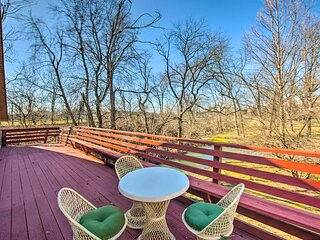NEW! 'Running Water' Apt at Flory Mill w/ Deck!