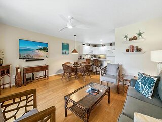 Beautifully decorated, private ground floor unit with 2 spacious lanais,& AC