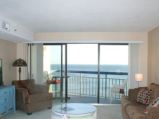 The Oceans 1015! 1 Bedroom Oceanfront Condo! Oceanfront Pool.