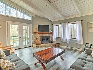 NEW! Brevard Cabin w/ Game Room & Resort Amenities