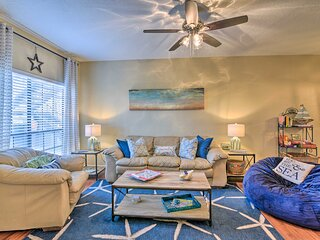NEW! East End Retreat < 2 Mi to Historic District!