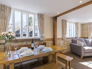 St Kenelm at Sudeley Castle - A modern and gorgeous apartment, situated on the S