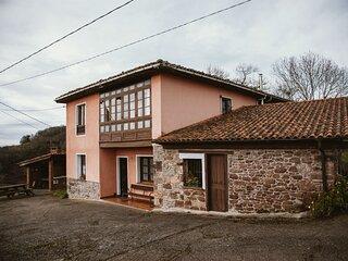 Casa Carquera, a 8 km de Llanes