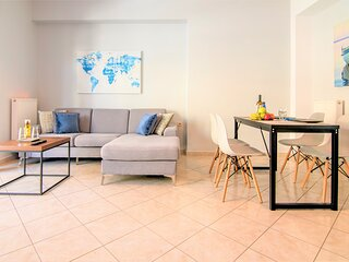 Chania Central Flat (free parking)