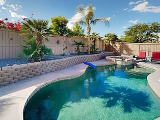Coachella Escape | Private Pool, Hot Tub, Smart TVs, Grill & Alfresco Dining