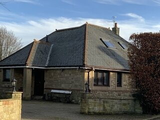 Remarkable 2-Bed Cottage in tranquil setting
