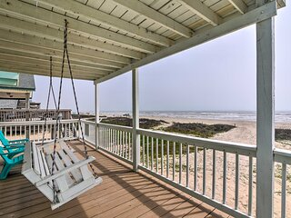 NEW! Beachfront Family Home: BBQ Pit & Central A/C