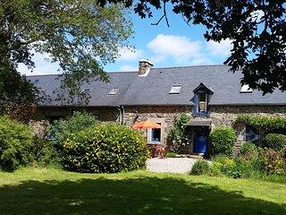 Rose Gite - Traditional Breton Farmhouse Accommodation to Sleep up to 6