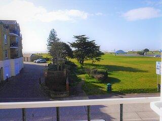 Beach View flat with balcony