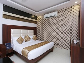 Hotel Arch - Deluxe Double Room-best budget hotels in delhi