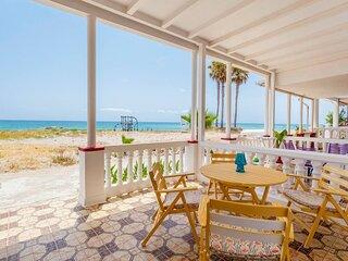 Beachside holiday retreat