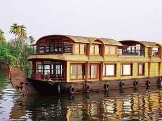 Gokul Cruise Lake Ripples |1 bedroom Luxury Houseboat