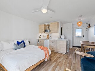 Boutique Studio Steps Away from Hampton Beach