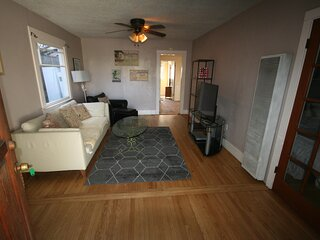 Charming comfortably furnished 2 bed 1 ba home avail with all amenities, nr bch