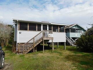 Crab Shack- Quaint Ocracoke cottage.